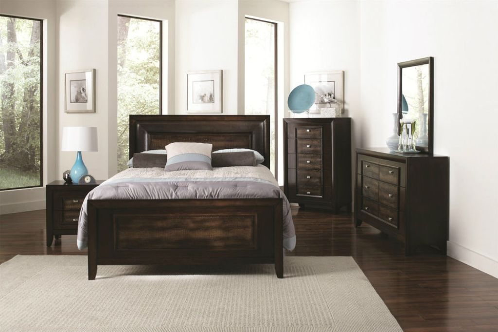Image of: Chest And Nightstand Set