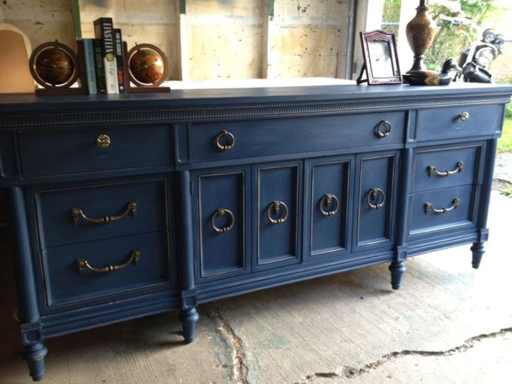 Image of: Distressed Blue Dresser