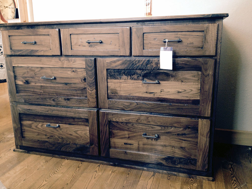 Distressed Wood Dresser Furniture