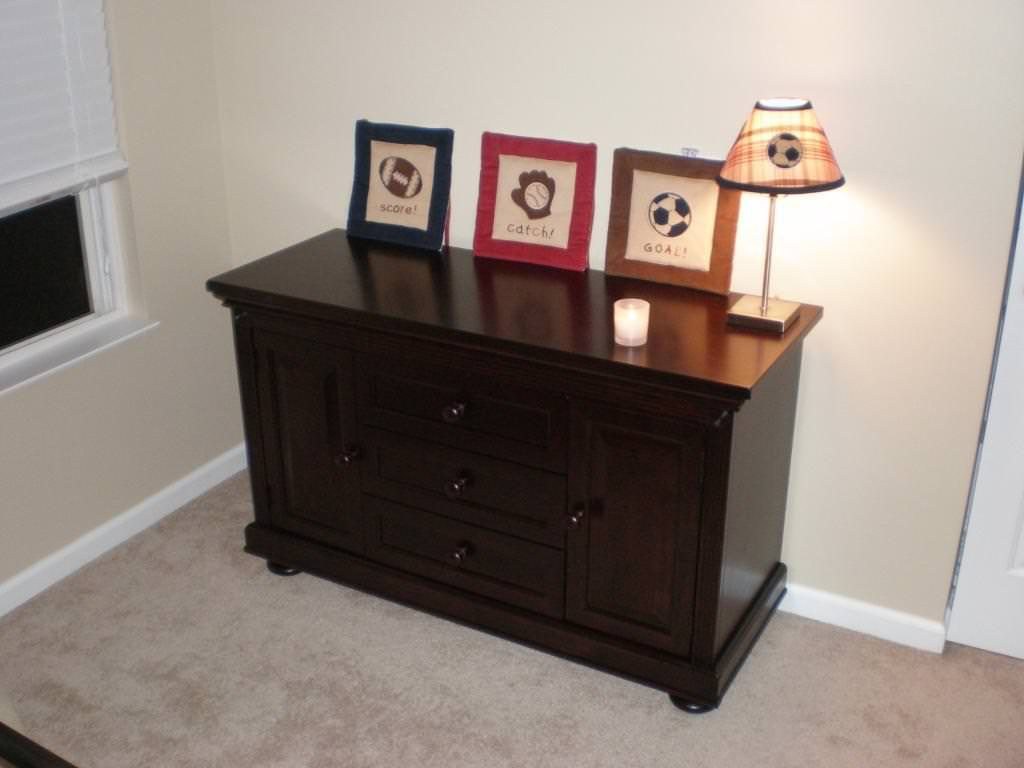 Picture of: Dresser Changing Table Corner