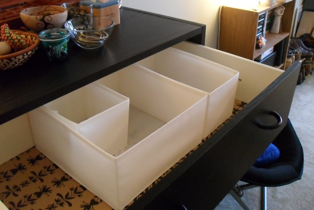 Image of: Dresser Drawer Organizer Divider