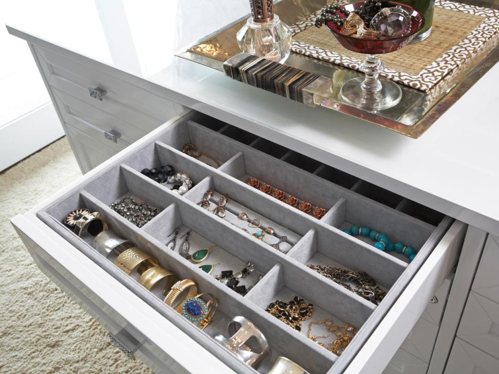 Image of: Dresser Drawer Organizers