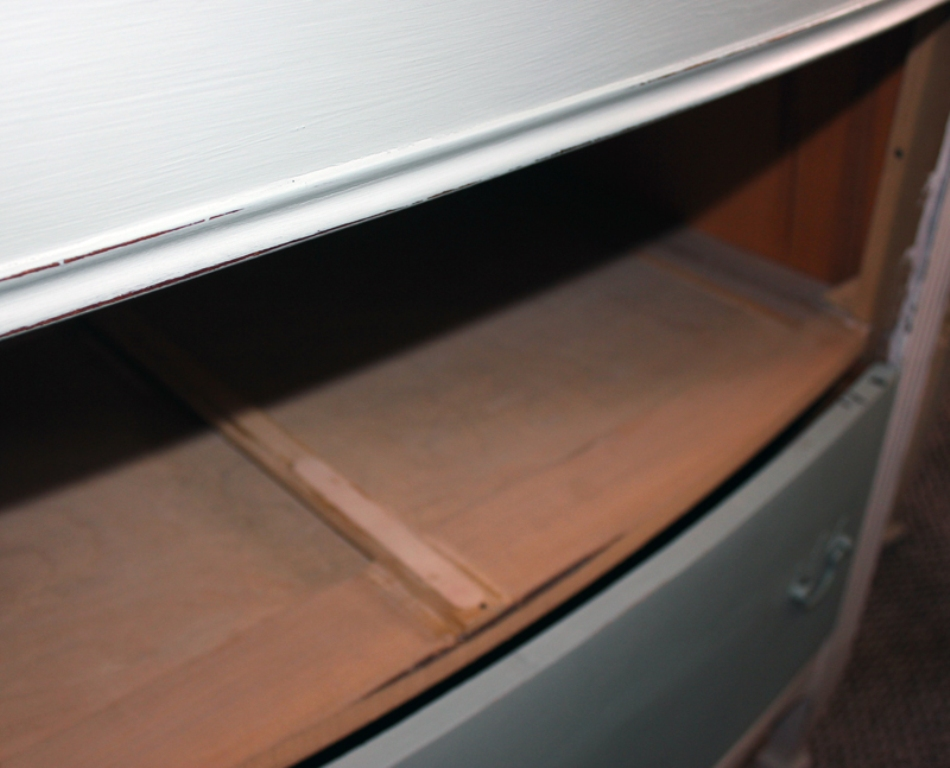 Image of: Dresser Drawer Runner Replacement