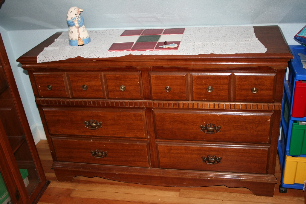 Image of: Dresser Top Runner