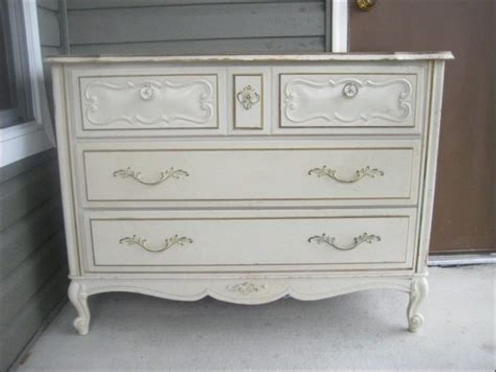 Image of: Simple Dresser With Mirror Walmart