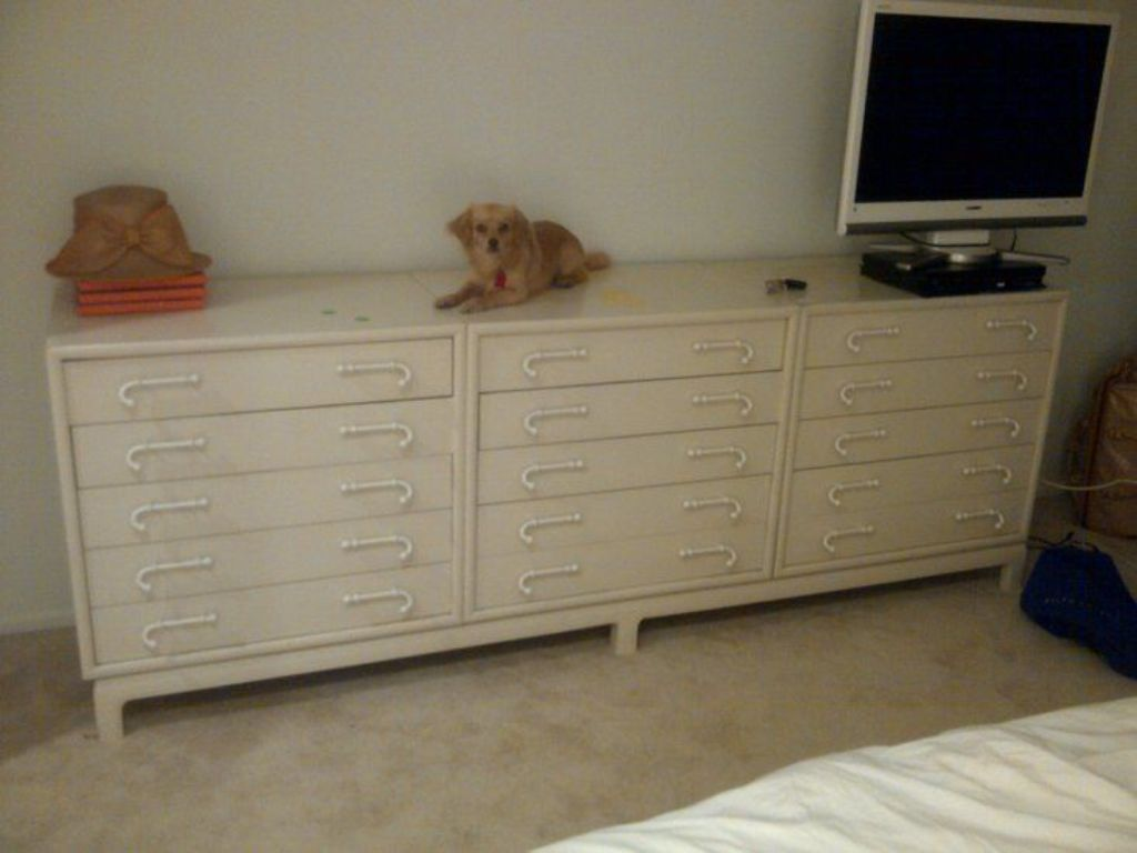 Image of: Popular Extra Large Dresser Ideas