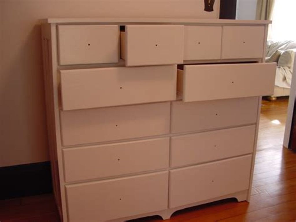 Image of: Extra Large Tall Dresser