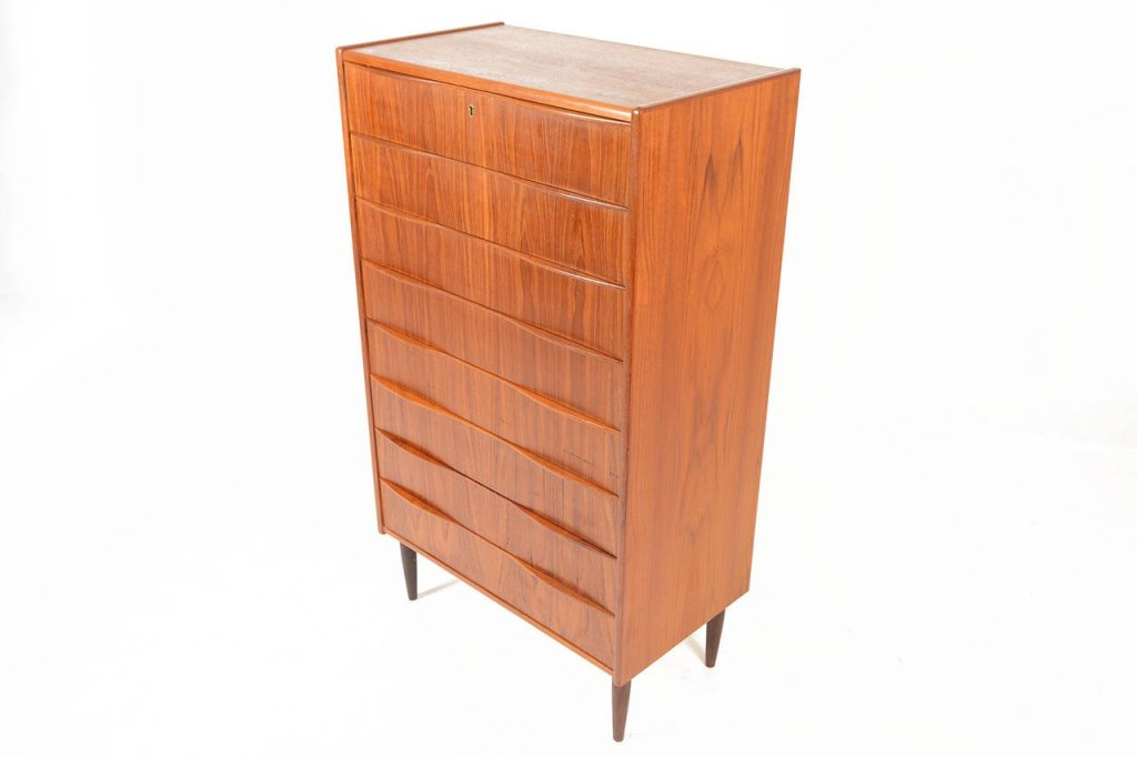 Image of: Extra Tall Dresser