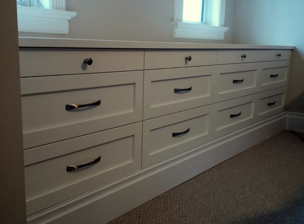 Image of: Extra Wide Dresser Ideas