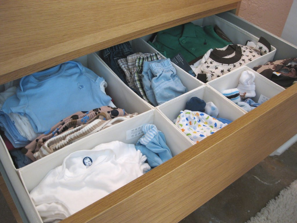 Picture of: How To Organize Baby Dresser
