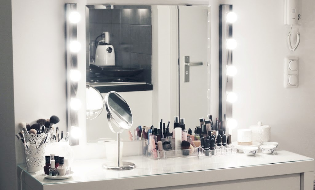 Ikea Dressing Table With Lights