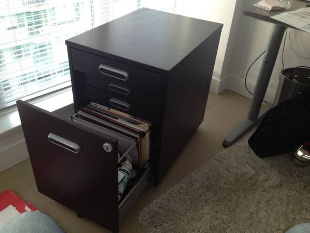 Image of: Ikea Locking Dresser