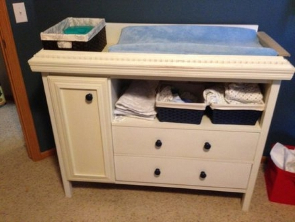 Image of: Into Baby Dresser Changing Table