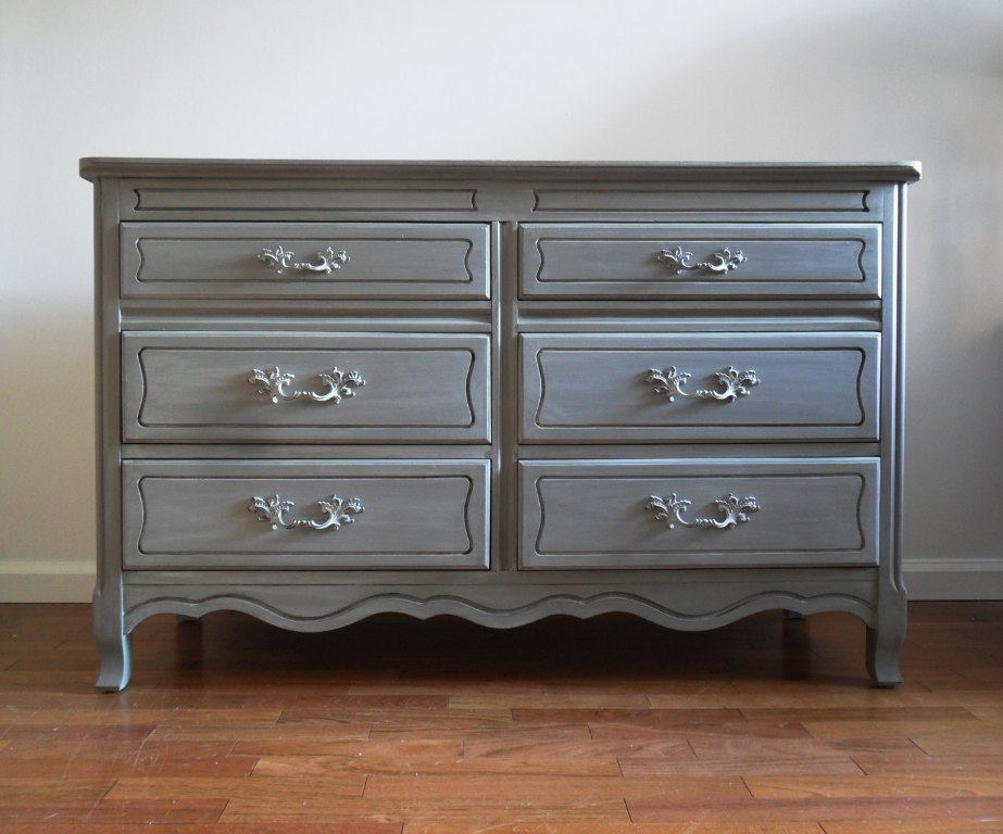 Image of: Light Grey Dresser
