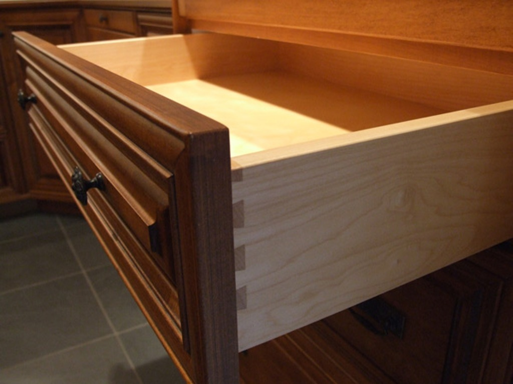 Picture of: Maple Dresser Dovetail Drawers