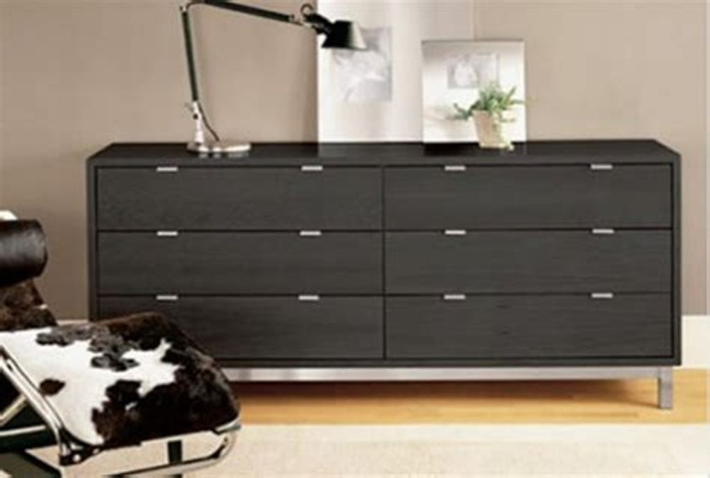 Image of: Modern Bedroom Dressers And Chests