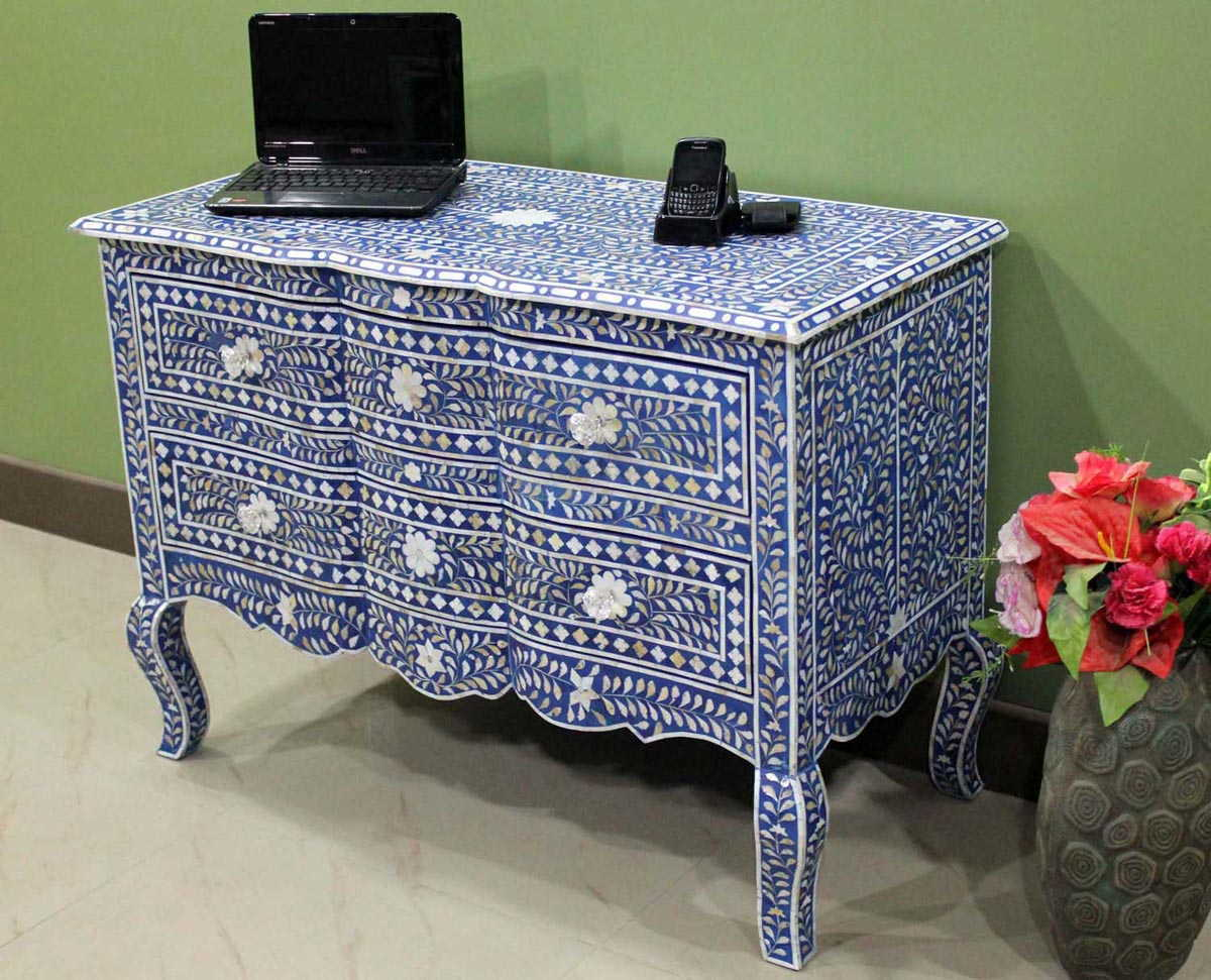 Image of: Mother Of Pearl Inlay Dresser