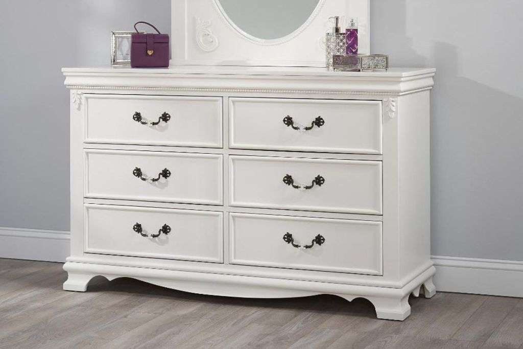 Image of: New Drawer Dresser White