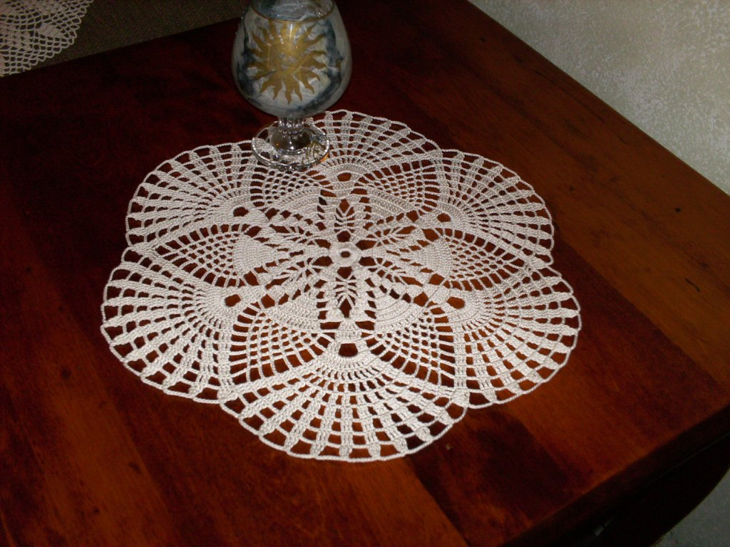 Picture of: Round Table Doilies
