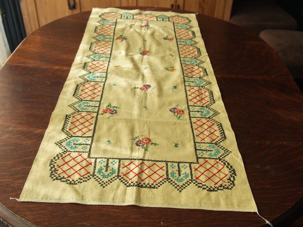 Table Runner For Dresser