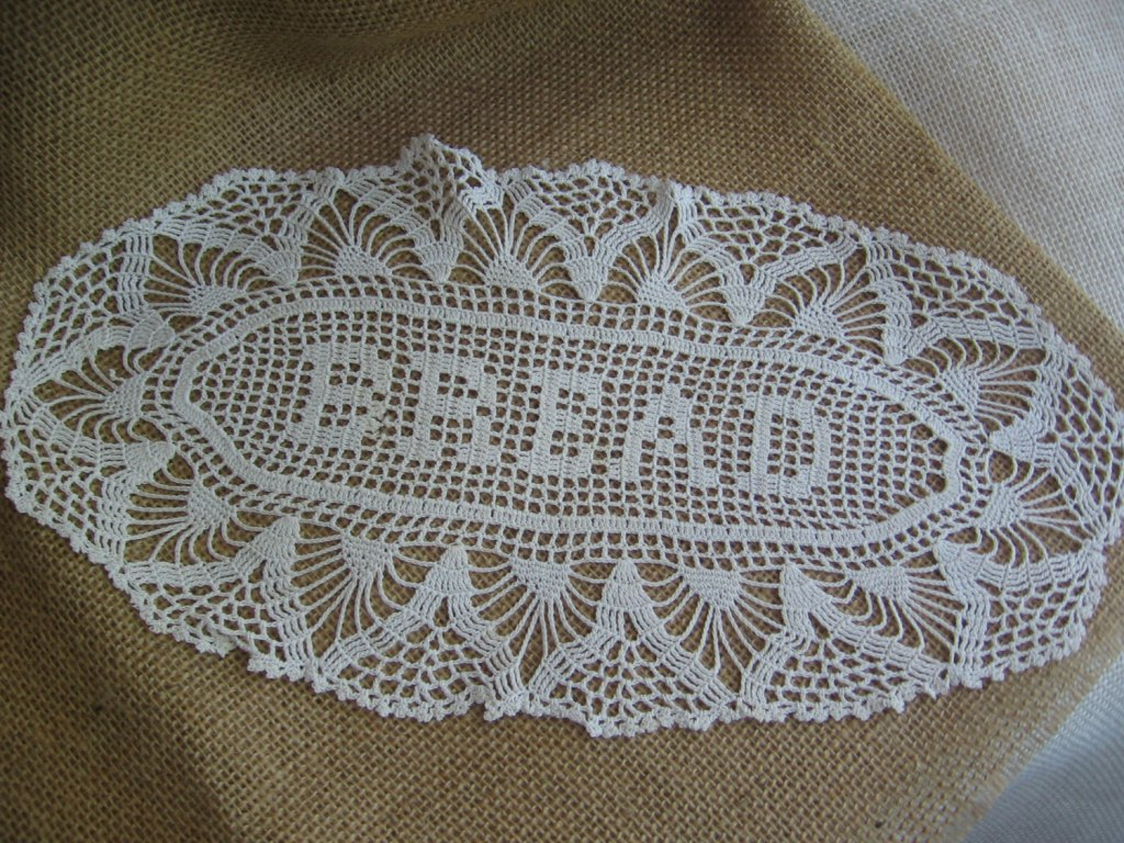Picture of: Table Scarves And Doilies