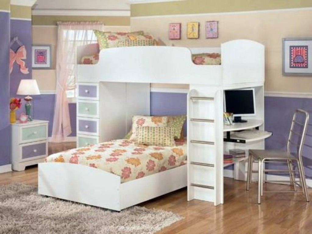 Image of: Teen Bunk Beds With Dresser Built In