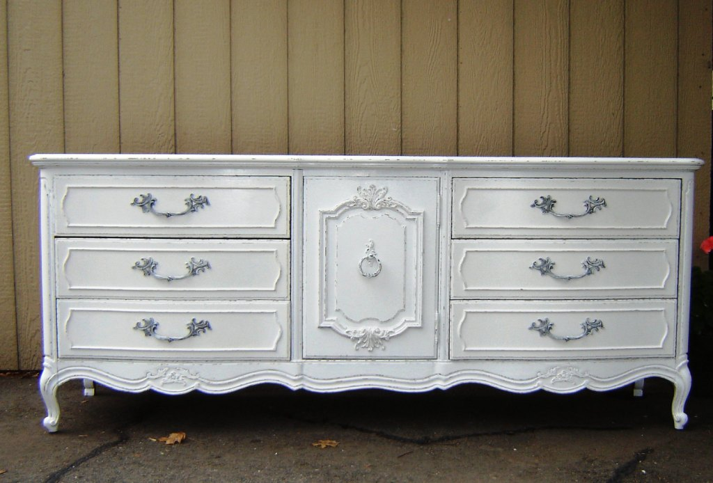 Repaint Antique White Dresser