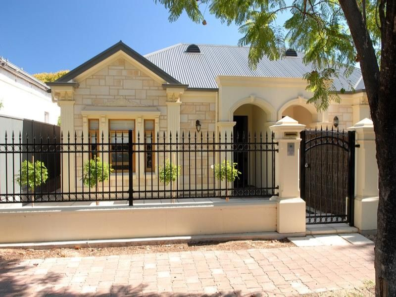 Picture of: Amazing Home Fence Ideas