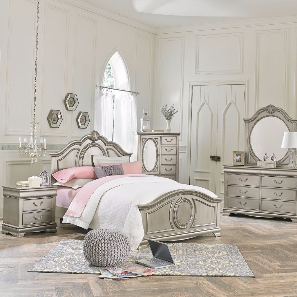 Picture of: Amazing Silver Bedroom Set