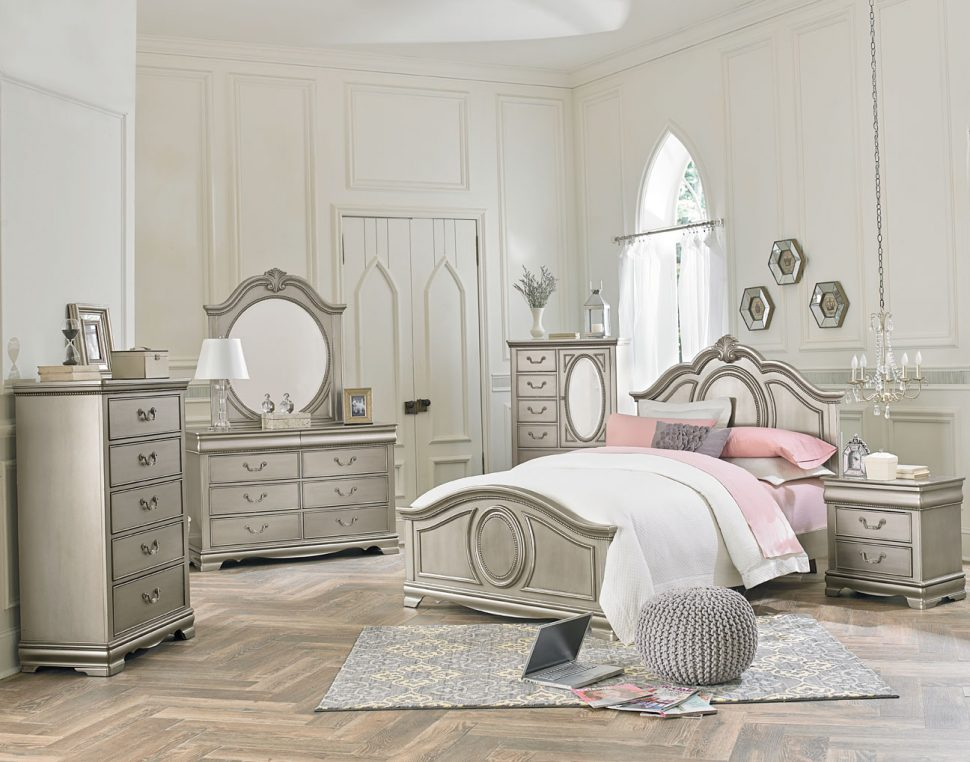 Picture of: American Furniture Bedroom Sets Silver