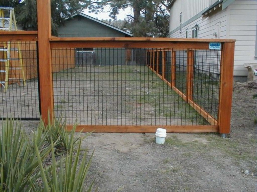 Picture of: Arc Wire Fence Panels