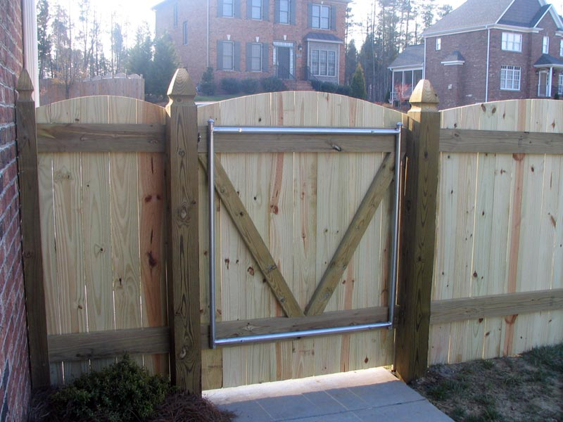 Pallet Wood Fence Gate Designs
