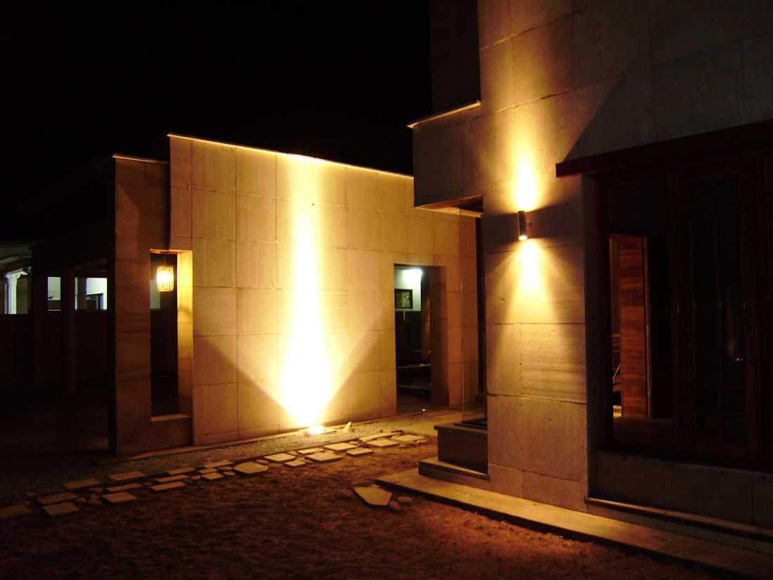 Picture of: Awesome Commercial Outdoor Lighting