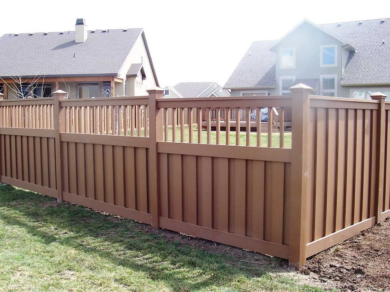 Picture of: Awesome Home Fence Ideas