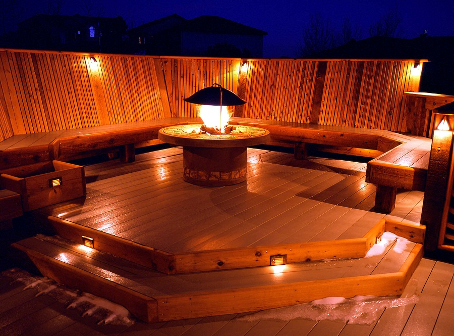 Picture of: Awesome Outdoor Deck Lighting