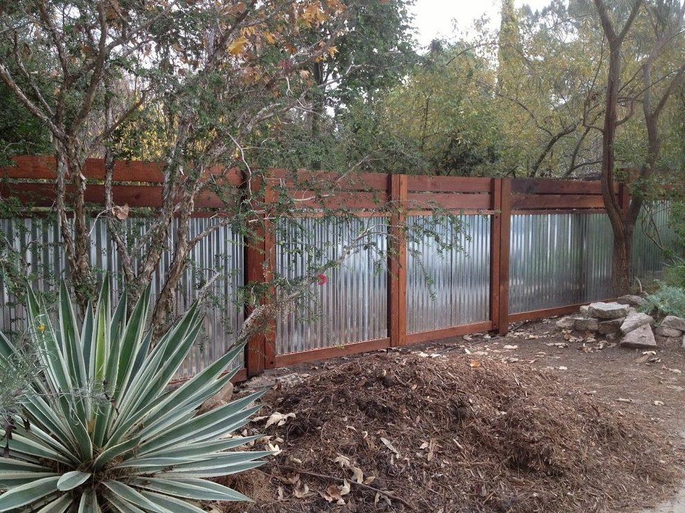 Wood And Metal Fence: Perfect Combination!