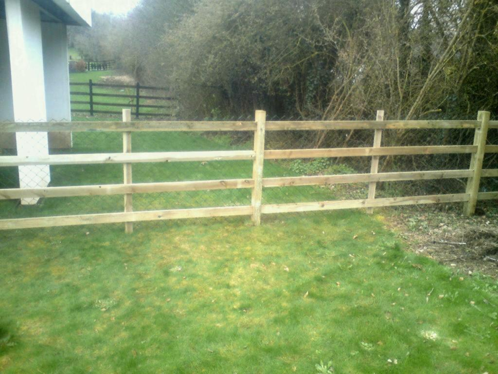 Bamboo Outdoor Dog Fence Panels