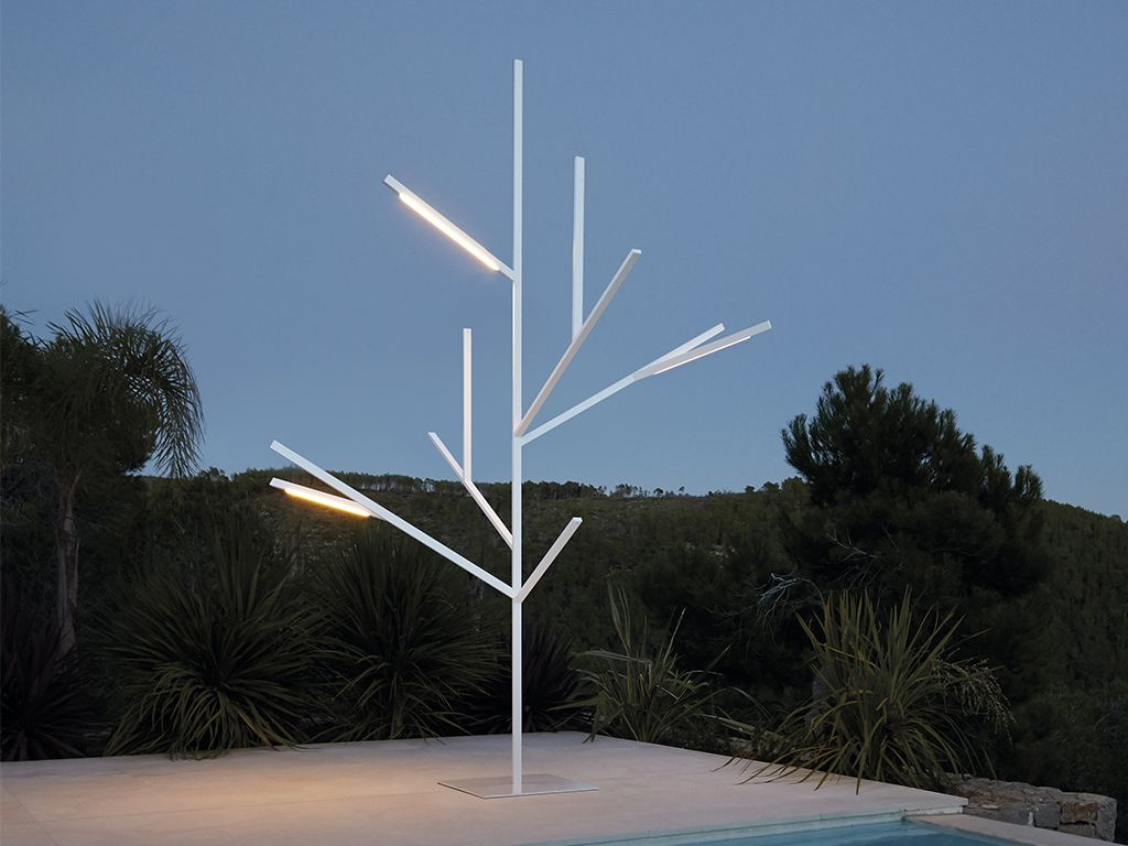 Picture of: Baum Outdoor Pole Lamps