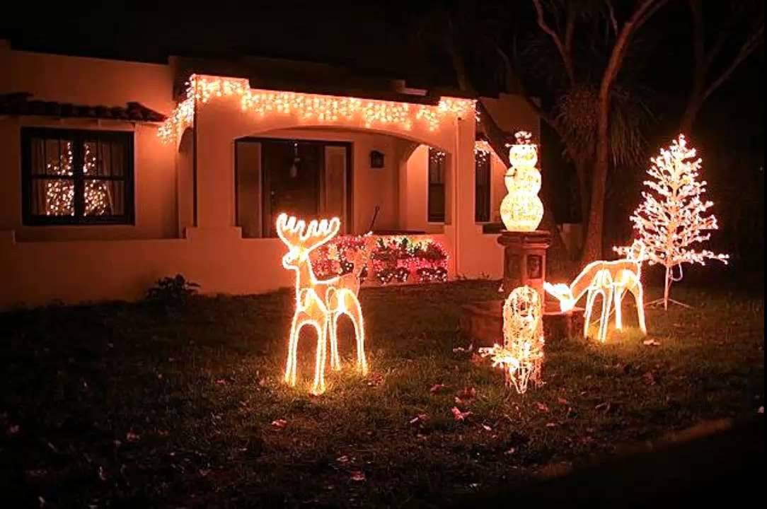 Best Outdoor LED Christmas Lights Benefits