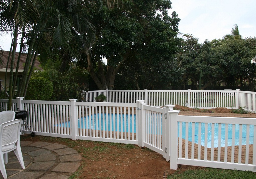Picture of: Best Pool Fence Ideas