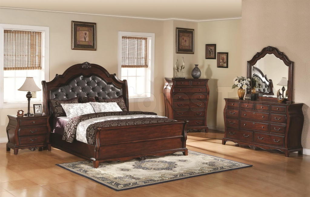Image of: Best Traditional Bedroom Sets