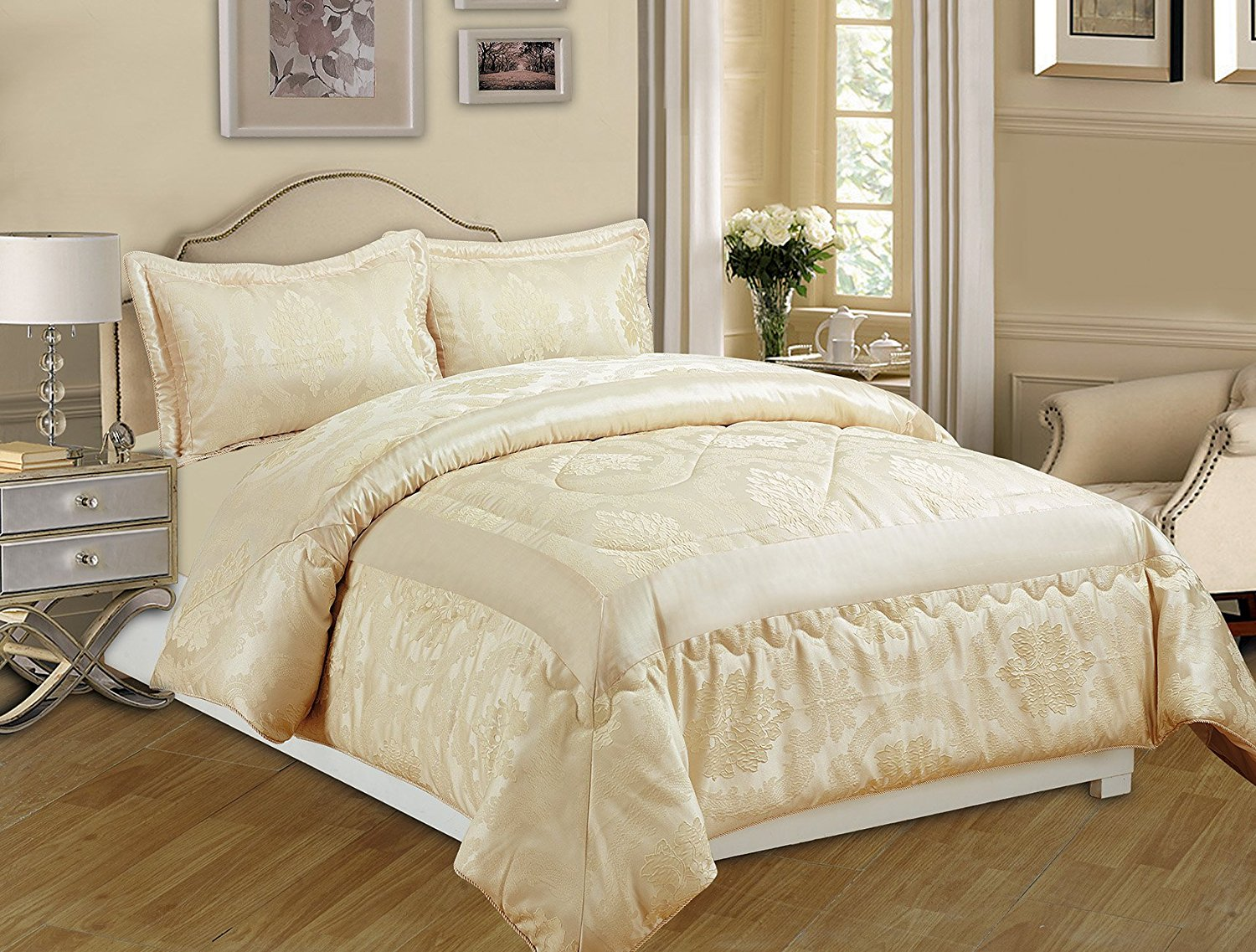 Black And Cream Comforter Set