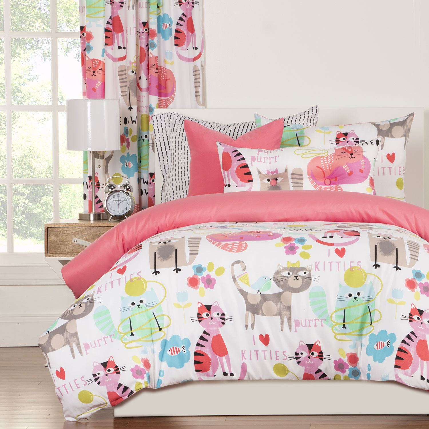 Cat Bedding Set And Curtain