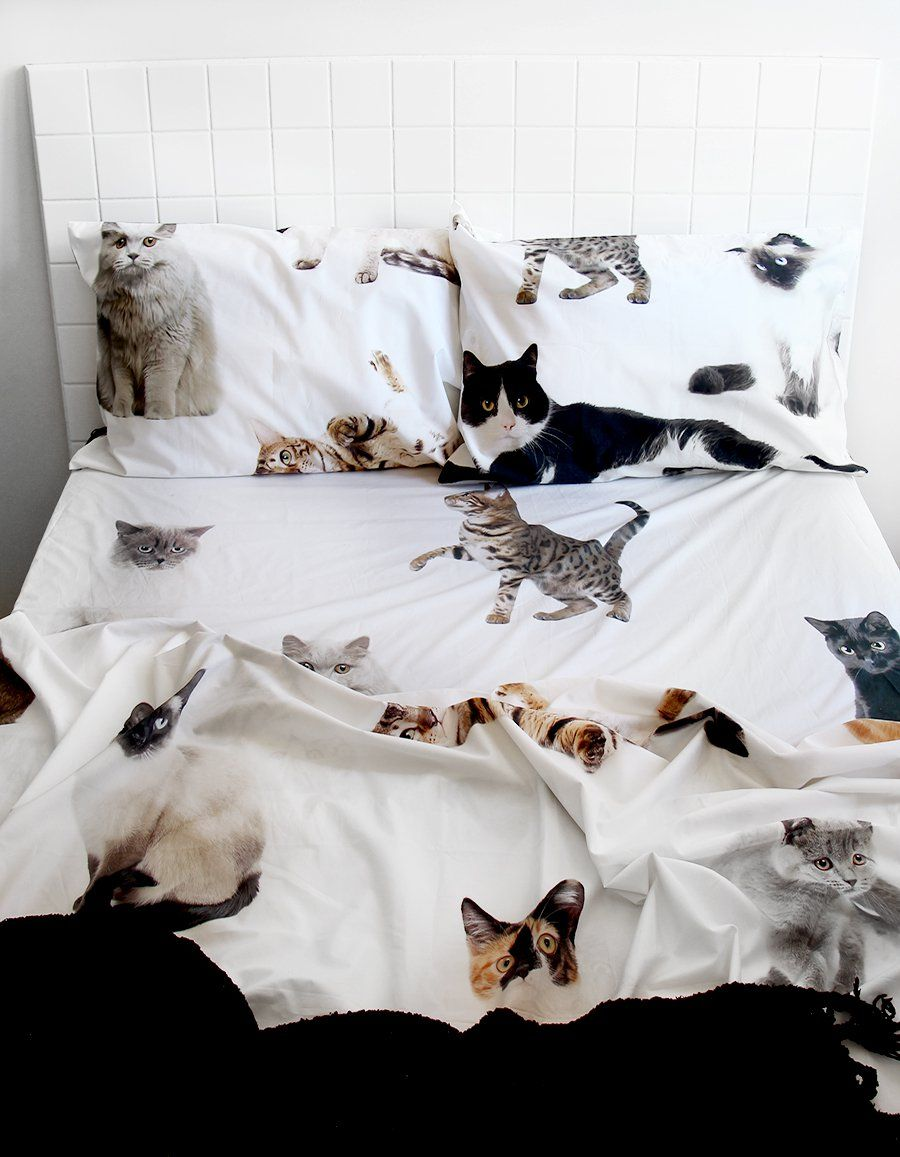 Image of: Cat Duvet Cover White