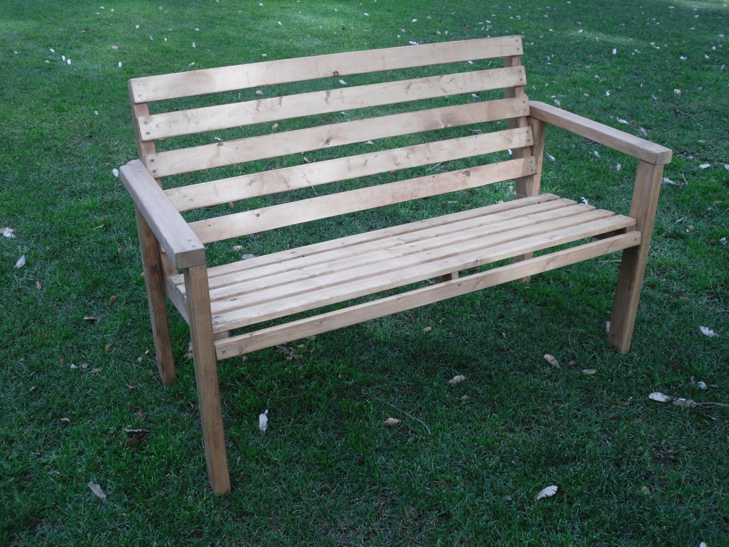Picture of: Cheap Wooden Bench Design