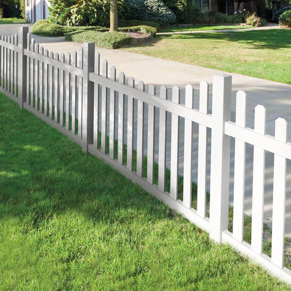 Picture of: Clean White Wood Fence