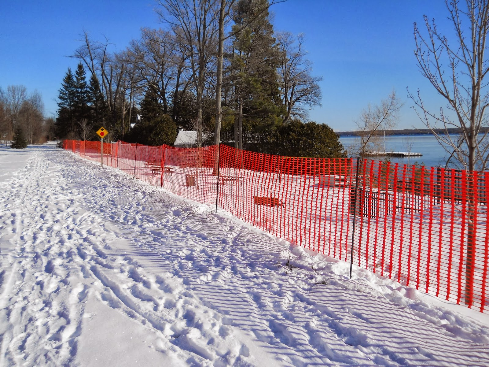 Picture of: Clear Plastic Snow Fence