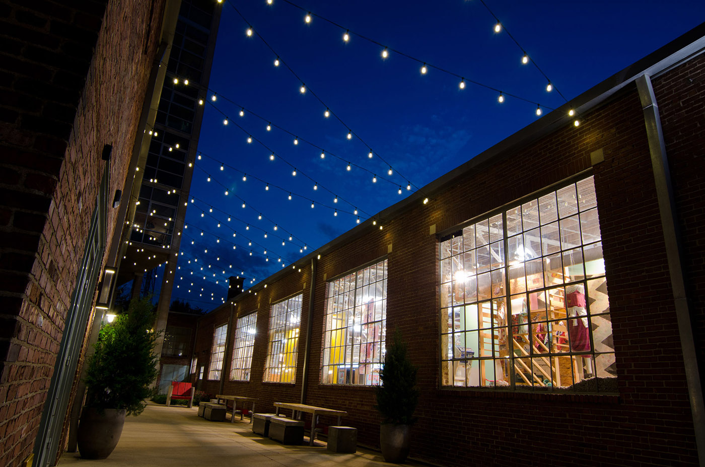 Picture of: Commercial Outdoor Lighting Style