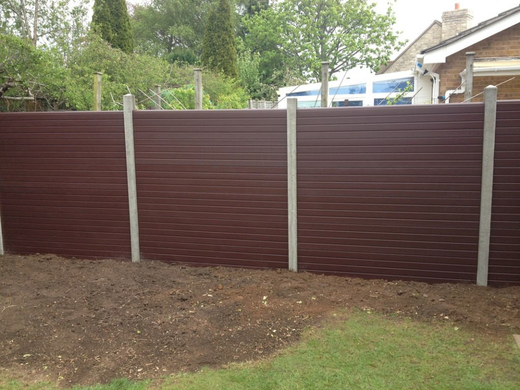 Picture of: Composite Plastic Fence Panels