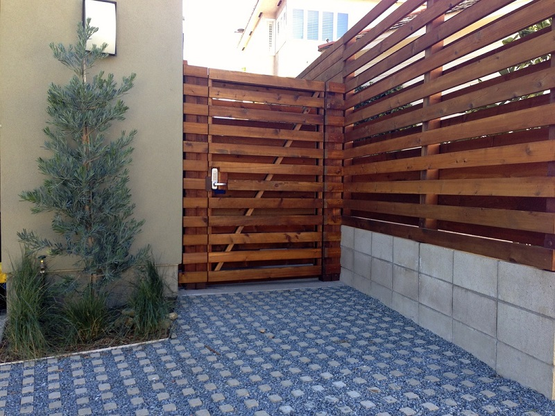 Picture of: Contemporary Wood Fence Designs